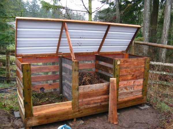 Learn How to Build DIY Compost Bin