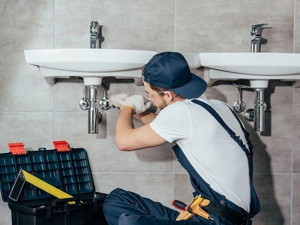 Dealing With Emergency Pipe Repair